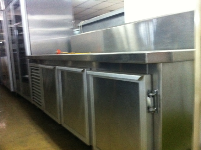 Refrigerated 3 Door Stainless Steel Bench – New Compressor