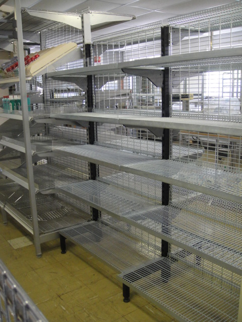 Double Sided Shelving with Chrome Wire Shelves