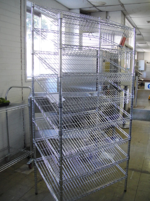 2000mm High Chrome Wire Bread Rack