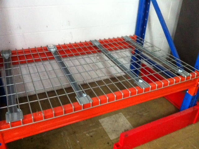 Pallet Racking – Zinc Overlay Wire Shelves