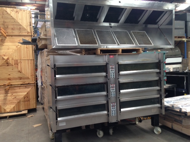Commercial APV 6 Deck Oven with Range Hood