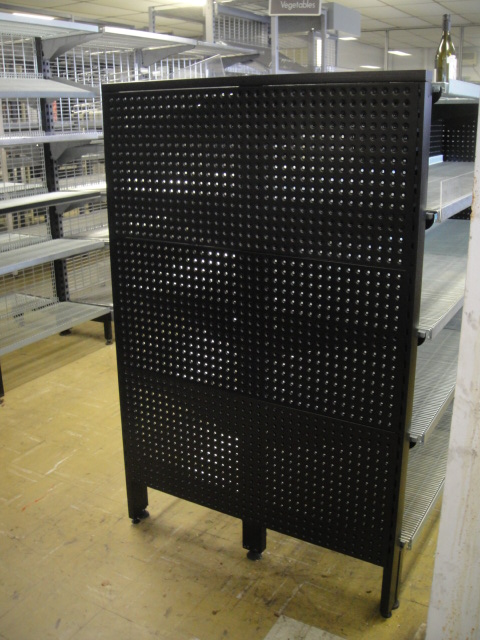 1400mm Flush Feature End with Perforated Backing Panel